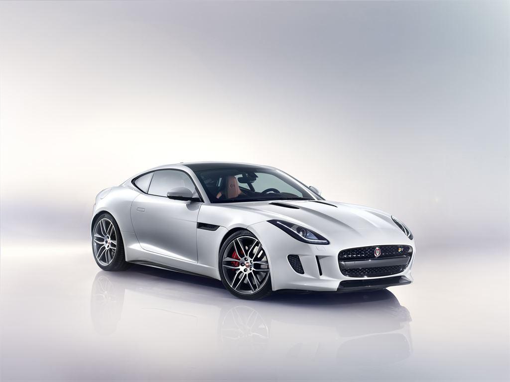 VIDEO, FOTO: Asa arata Jaguar F-TYPE Coupe, cel mai dinamic Jaguar construit vreodata