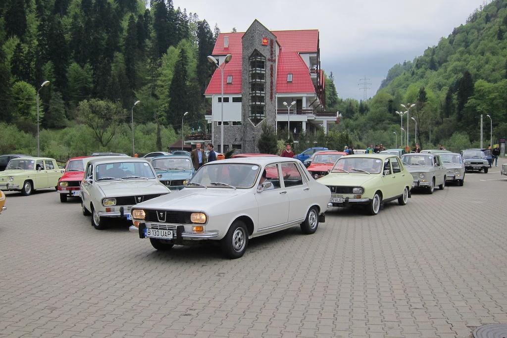 Intalnire Dacia Clasic (sursa - 0-100.ro)