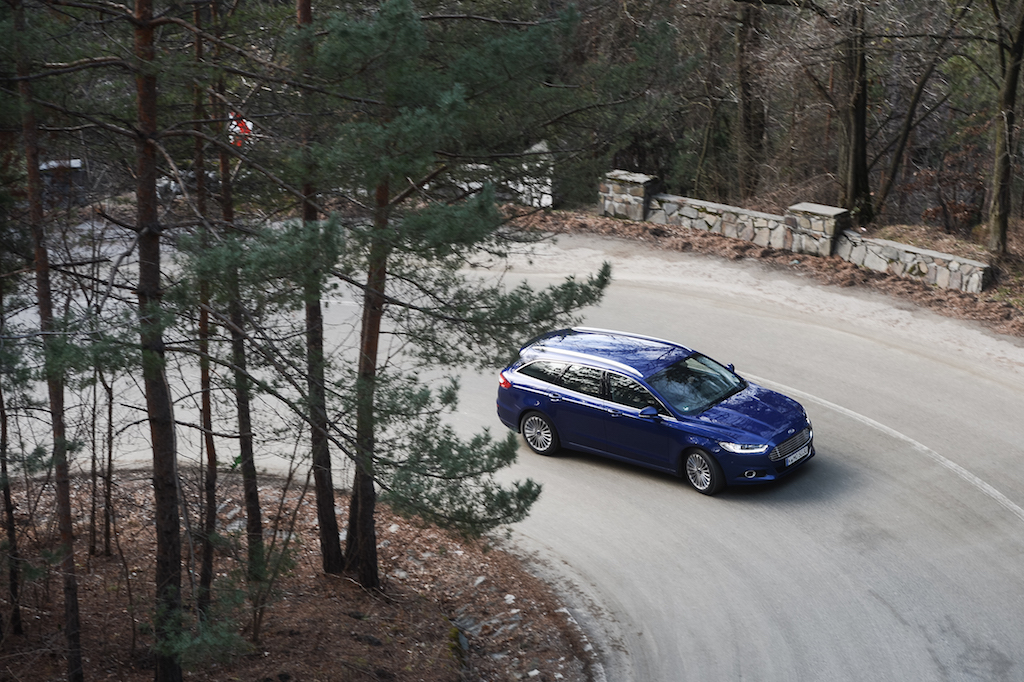 Ford preia comenzi pentru noul Mondeo si din Romania. O motorizare si ceasurile de bord sunt produse in tara