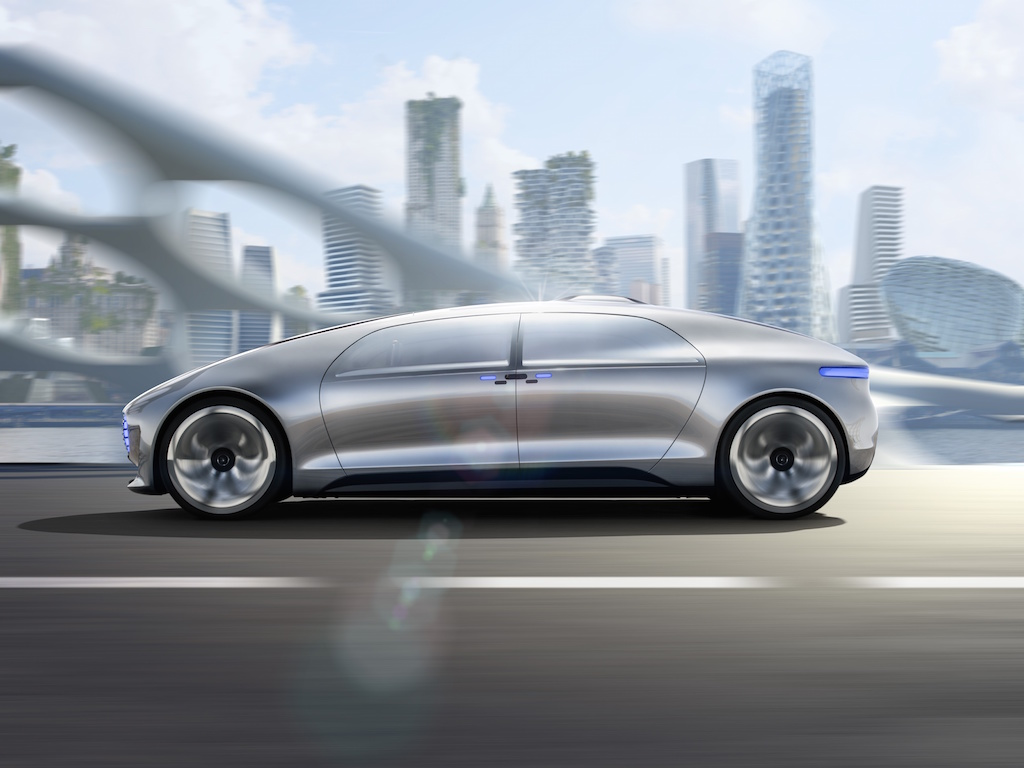 Mercedes-Benz F 015 Luxury (sursa - Daimler)