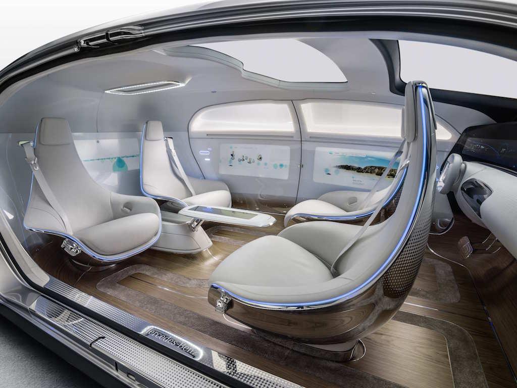 VIDEO, FOTO: Mercedes-Benz F 015 Luxury in Motion este Clasa S al anului 2030