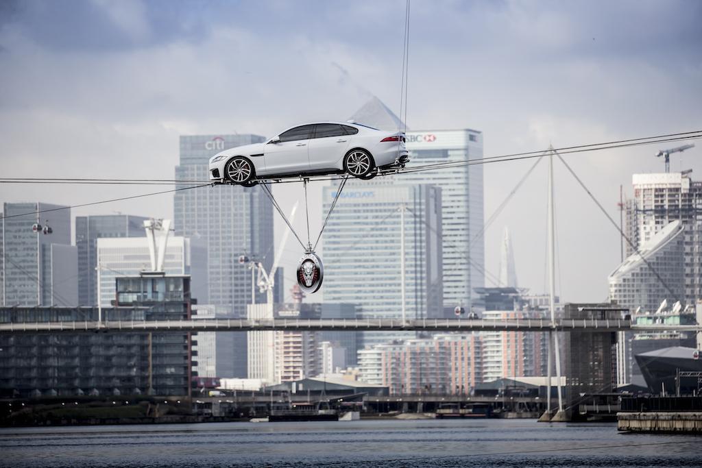 VIDEO, FOTO: Asa arata noul Jaguar XF, berlina de clasa medie care concureaza cu BMW Seria 5