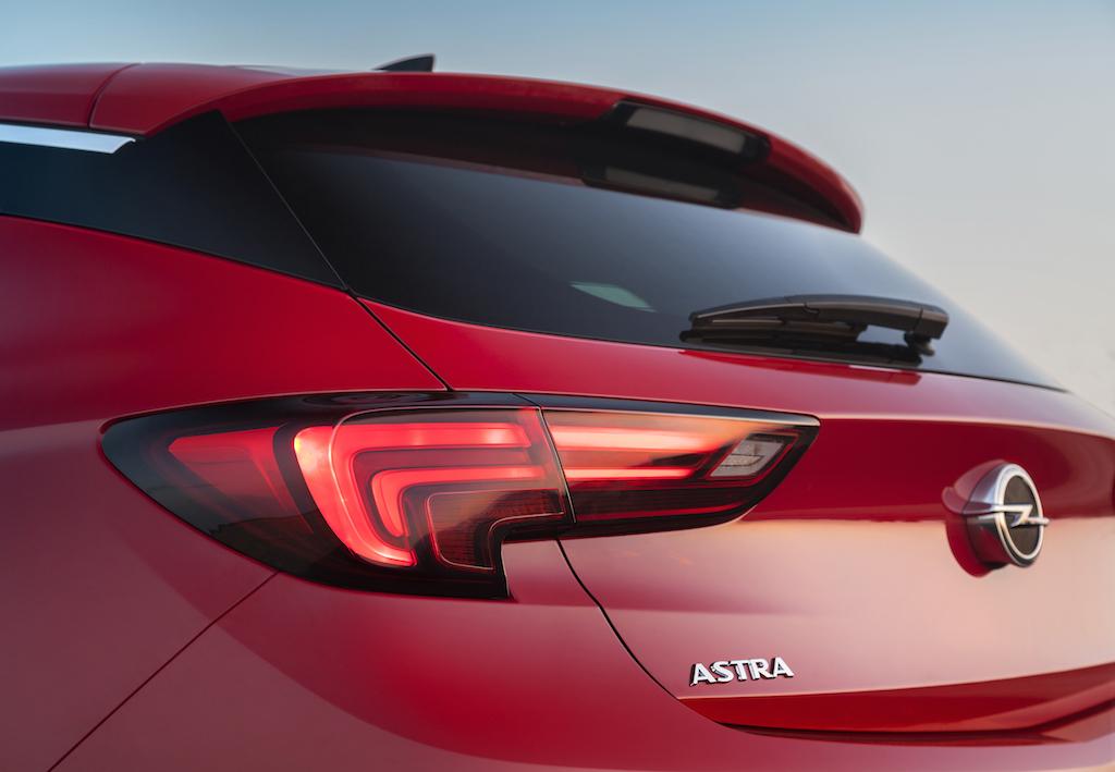 FOTO: Asa arata noul Opel Astra. Premiera are loc la Salonul Auto de la Frankfurt