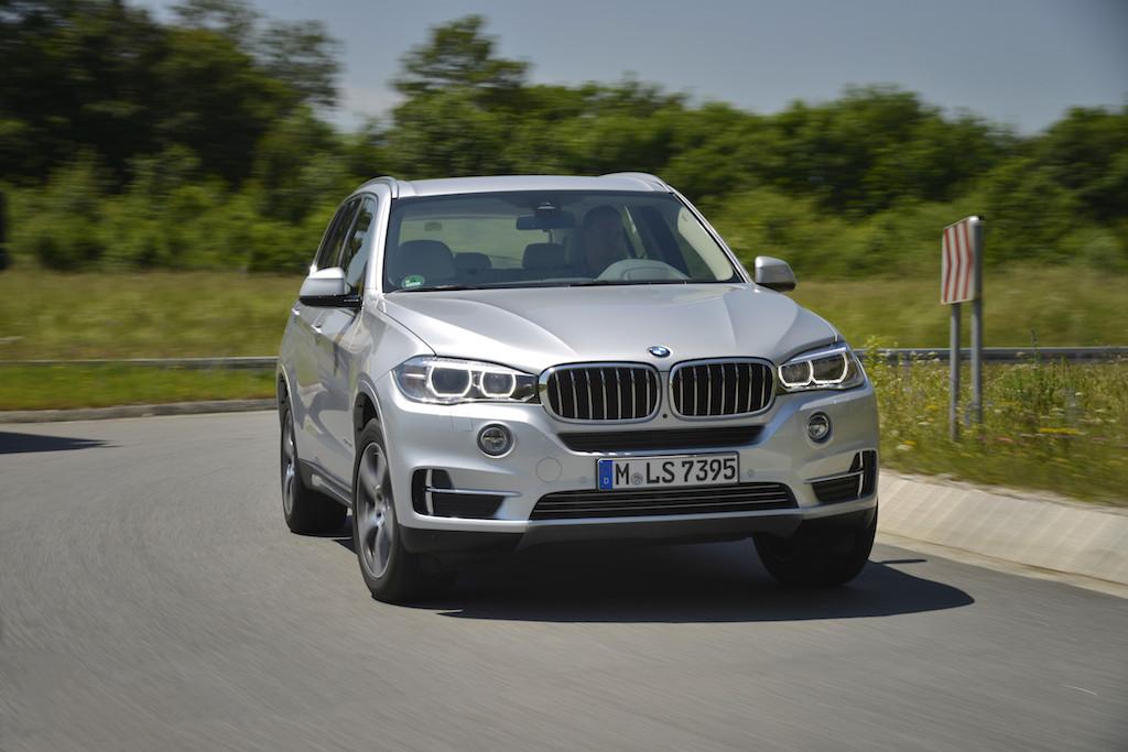 BMW X5 xDrive40e (sursa - BMW)