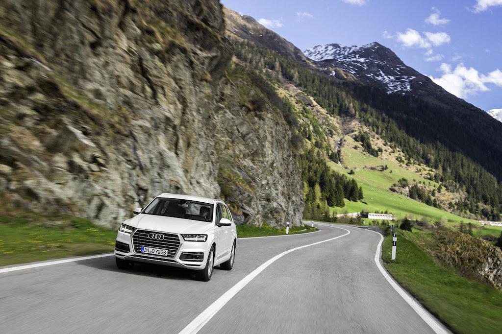 Test drive cu Audi Q7 in Elvetia (sursa - Audi)