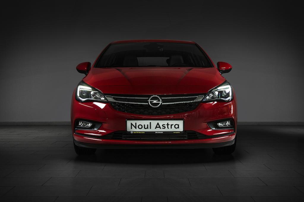 Opel Astra (sursa - Opel Romania)