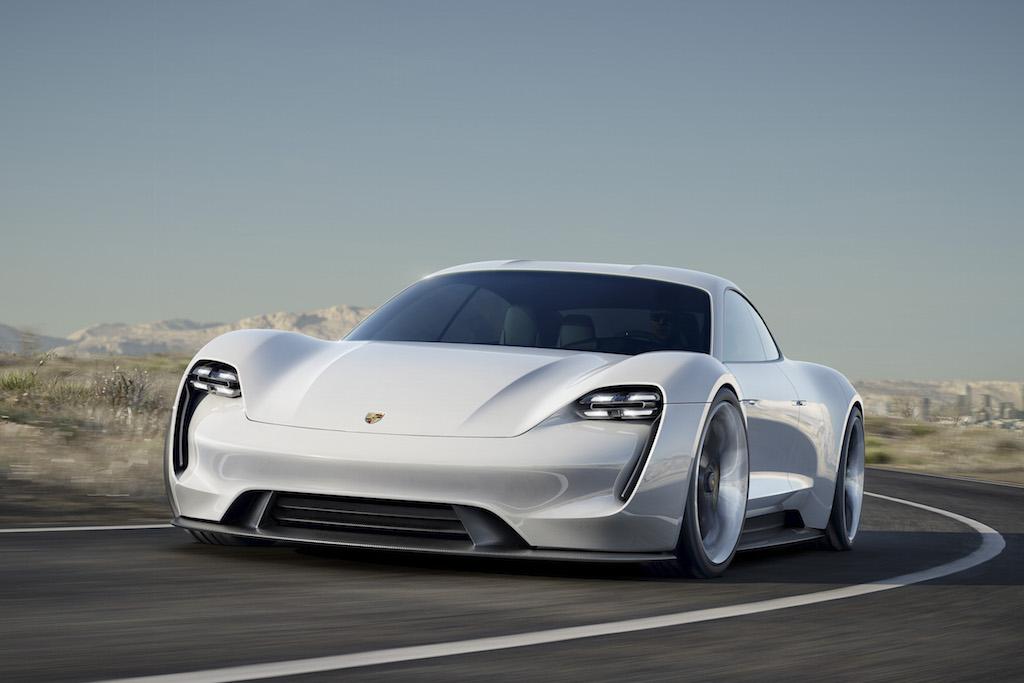 Porsche Mission E Concept (sursa - Porsche)