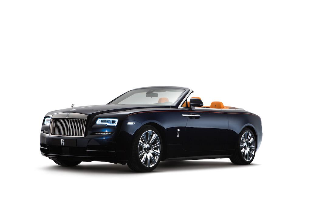 VIDEO, FOTO: Cea mai pretiosa decapotabila din lume se prezinta – Rolls-Royce Dawn