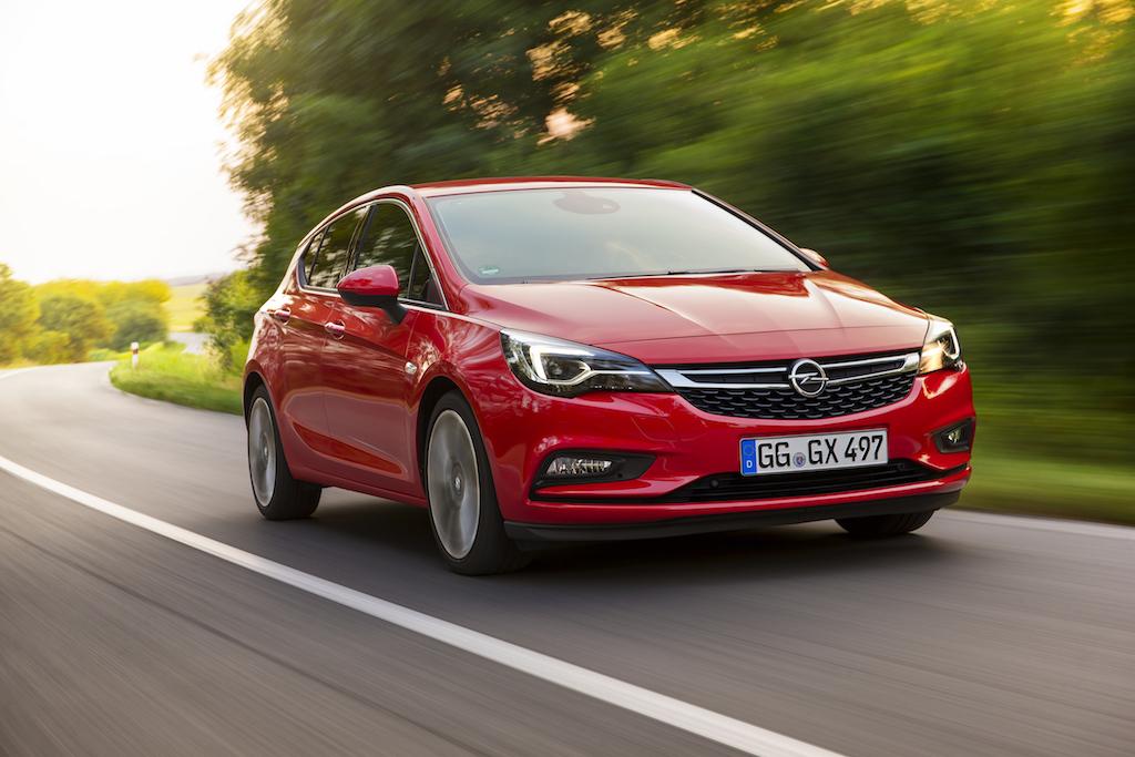 Opel Astra (sursa - Opel)