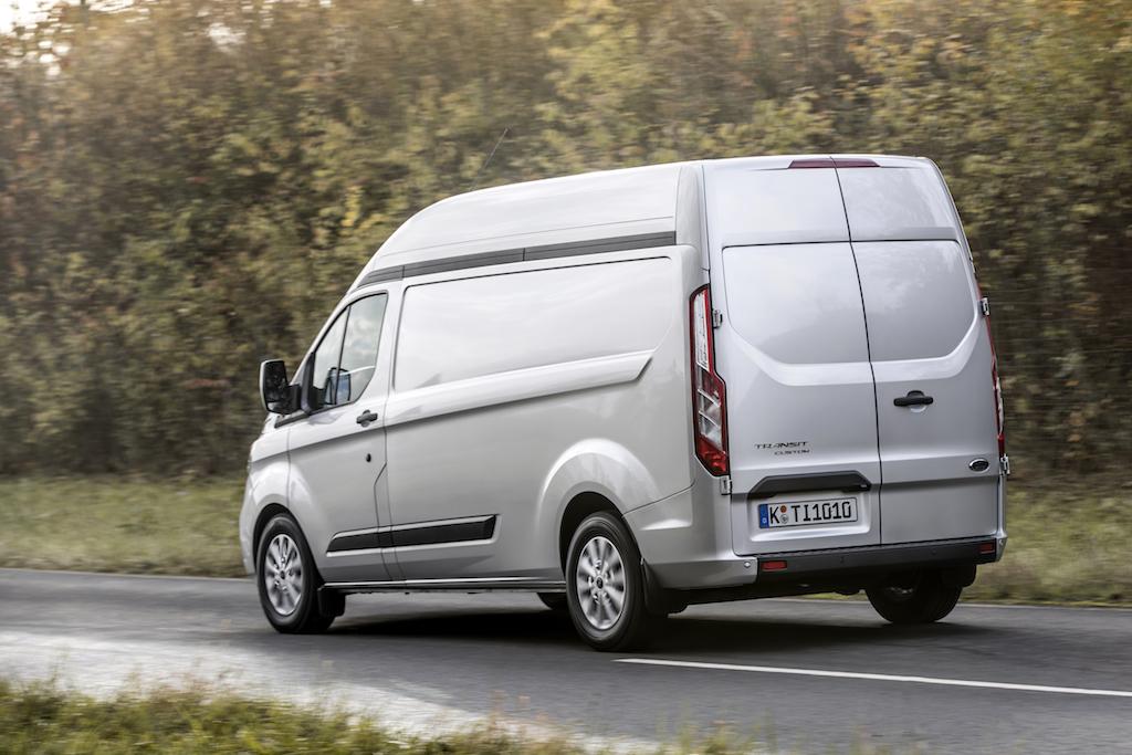 test drive ford transit custom facelift n 10 puncte 0. Black Bedroom Furniture Sets. Home Design Ideas